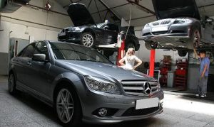 taller mecanico Mercedes